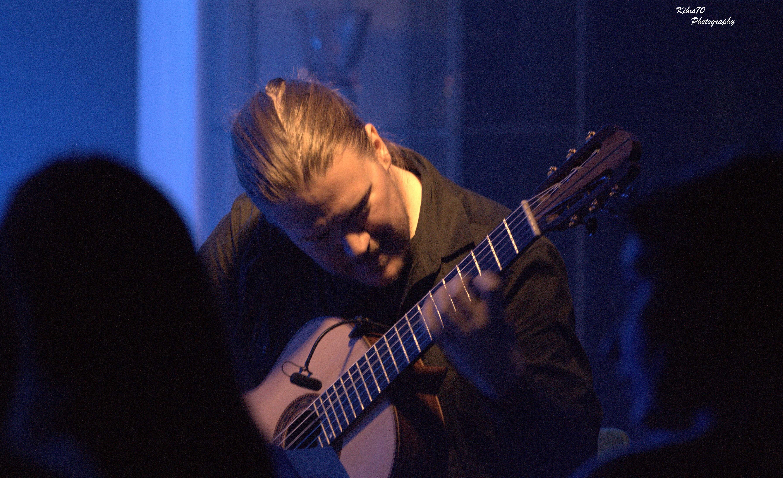 Otto Tolonen, guitar